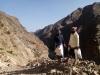 مدير عام مديرية سرار يتفقد سير العمل في مشروع طريق (رهوة الفلاح - حمة)