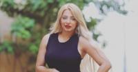 مى حلمى تظهر بفستان أسود وبدون خاتم زواج بعد إعلان انفصالها عن محمد رشاد