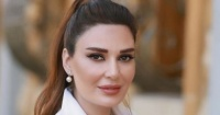 سيرين عبد النور تهاجم الحكومة اللبنانية رئيس فرنسا بيعمر وانتوا بتحرقوا