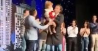 شاهد مفاجأة ابنة على ربيع على خشبة المسرح فى ختام عرض صباحية مباركة