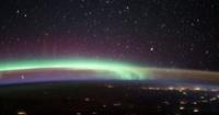 رواد فضاء يرصدون ظاهرتين فريدتين التقيا على الأرض فى نفس الوقت صور
