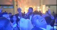 تامر حسنى يحيي حفل زفاف ابنة سليمان عيد بأغنية اختراع فيديو