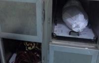 مليشيات الحوثي تفتتح ثلاجة مركزية لقتلاها في مدرسة بالجوف