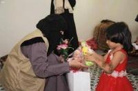 مركز الملك سلمان يوزيع هدايا العيد للأطفال الأيتام في اليمن
