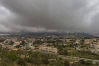 الأرصاد رياح نشطة وأمطار رعدية على عدة مناطق