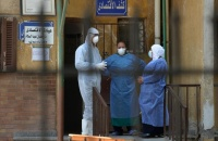 الحكومة المصرية تحذر منحنى إصابات كورونا يتصاعد بسرعة