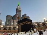 السديس نجاح خطة ليلة ختم القرآن وتوزيع 400 ألف عبوة زمزم
