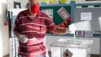 مرشح أنقرة يواجه الزعيم المنتهية ولايته والأوفر حظا على رئاسة شمال قبرص