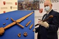 اكتشاف سيف فى بولندا يرجع تاريخه إلى العصور الوسطى