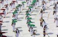 وزارة الحج والعمرة السعودية استخدمت لباس إحرام مضاد ا للبكتيريا