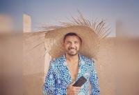حاتم عمور يحصل على الإقامة الذهبية بدولة الإمارات