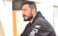 تامر حسني بعد زيارته لليوتيوبر مصطفى حفناوي حالته خطيرة ومحتاج معجزة