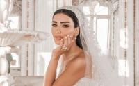 فيديو الإعلامية جيسيكا عازار تبكي في حفل زفافها وتقب ل يد أصالة شاهدوا