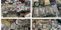 ضبط 600 بدلة عسكرية و2500 من الأنواط والرتب بـ الرياض