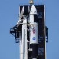 بلو أوريجين تعترض على قرار ناسا اختيار سبايس اكس للعودة إلى القمر