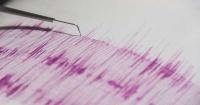 مقتل 3 وإصابة 24 في زلزال قوته 6 2 درجة بإندونيسيا