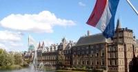استقالة الحكومة الهولندية على أثر فضيحة إدارية