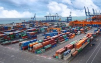 التجارة الخارجية السعودية تتراجع إلى 234 25 مليار ريال بالربع الثاني