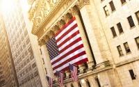 النشاط الاقتصادي الأمريكي يرتفع لأعلى في شهرين