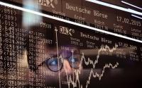 الأسهم الأوروبية تتراجع بالختام مع هبوط وول ستريت