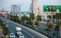 تحويلات الوافدين بالسعودية ترتفع إلى 33 مليار دولار في 10 أشهر