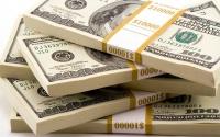 الدولار الأمريكي يرتفع مع عدم اليقين بشأن التحفيز المالي