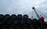 مخزونات النفط العالمية تهبط 24 5 مليون برميل في نوفمبر