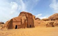 السعودية تتفق مع أكور الفندقية لتشغيل مشروع العلا السياحي