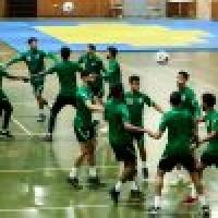 الأخضر يواصل استعداده لأوزباكستان في الصالة المغلقة