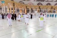التطوع في أعمال الخير عادات تتجدد في شهر رمضان