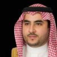 الأمير خالد بن سلمان يعزي أسرة العايش في وفاة مساعد وزير الدفاع