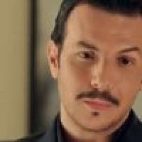 باسل خياط متأثرا بوفاة والده سامحوني