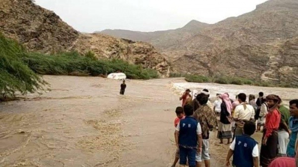 غرق 7 فتيات في وادي الكفاه إثر سيول جارفة بالمحفد - صحافة الجديد